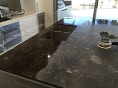 The Marble Man specialises in stone benchtop polishing and honing and can restore your marble, granite or Caesarstone countertop or vanity. Stone Benchtop, Kitchen Benchtops, Kitchen Countertops, Cleaning Granite, How To Clean Granite, Marble Polishing, Stone Kitchen