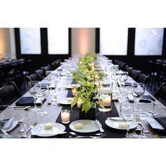 Just before dinner at Epicurious Entertains Chicago - Love this table setting