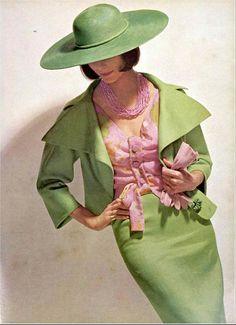 Jean Patou 1964 Pink and Green Ensemble suit dress blouse hat designer couture magazine model color photo print ad pale gree Moda Retro, Moda Vintage, Retro Vintage, Vintage Glamour, Vintage Green, 1960s Fashion, Vintage Fashion, Fashion Hats, Fashion Cover