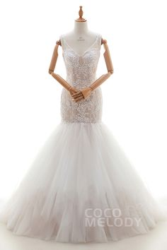 Noble+Trumpet-Mermaid+Spaghetti+Strap+Dropped+Court+Train+Tulle+and+Lace+Ivory/Champagne+Sleeveless+Side+Zipper+Wedding+Dress+with+Appliques+and+Beading+LD4263