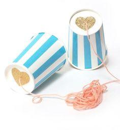 #Ideas #DIY para organizar el #cumpleaños de tu hijo - Teléfonos con vasos