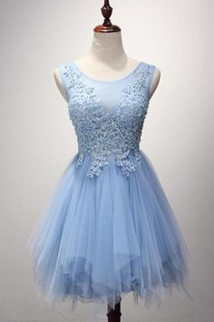 Scoop Neck Above-Knee Tulle Homecoming Dress with Appliqué Beading