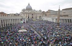 A Roma è meglio avere il papa dalla propria parte - Philippe Ridet - Internazionale