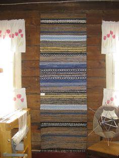 Loimien tarinaa: 2017 Recycled Fabric, Woven Rug, Recycling, Weaving, Rugs, Home Decor, Ideas, Manualidades, Carpet