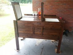 Cooler I made with old pallets