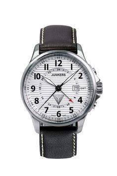 Junkers 6848-1: dieser Chronograph von Junkers gehört zur Serie Tante Ju. Eine klassische Uhr in der Junkers-Kollektion. Mit persönlicher Gravur bestellen.