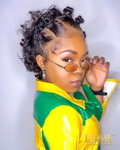 """S/O hairstylist 🙋♀️@boldimagesbeauty Hair: our new slick back curly short cut 13x4 frontal wig 6""""💐 Short cut curly hair goal! Who dis???😏 View the product link now👉 bit.ly/2Lr9nuw Here's a coupon code """"PIN27"""" for more discounts.💋 G Hair, Hair Oil, 360 Wig, Wig Cap, Short Curly Hair, Hair Shampoo, Short Cuts, Curly Hairstyles, Hairline"""