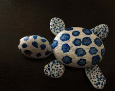 Painted rock turtle | Etsy