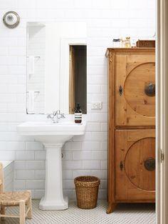 Penelope-bathroom