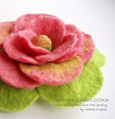 Luxuriouse Flower in pink and green tones, Felted Flower Brooch, Hand felted jewelry ♥