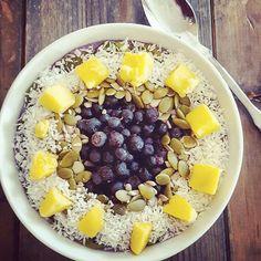 smoothiebowl blåbär Smoothies, Acai Bowl, Crockpot Recipes, Breakfast, Food, Healthy Snacks, Eten, Meals, Smoothie Packs