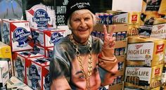 Helen Van Winkle proves that age is just a number. For her, it's her million-plus followers on Instagram.