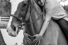 Michelle Majewski   Horses   Photography   Jessica Jeffries Photography   An amazing session involving a girl and her two horses.
