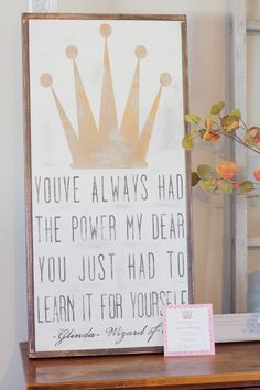 Princess Birthday Party Invitation... I'd like that as a poster in my daughter's room!