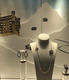 Esprit Joaillerie / Piaget MERVEILLEUX ECLATS PLACE VENDÔME Piaget, Place Vendôme, Plates, Spirit