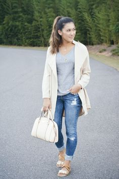A Glimpse of Glam | Beige Jacket and Jeans.