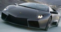 世界 高級車 ランキング 2015第6位 Lamborghini Reventon  世界 高級車 ランキング 2015 約1億4000万円  デザインのモチーフはステルス戦闘機フロント周りやリアの意匠は、 後に発表されたムルシエラゴの後継車ランボルギーニ・アヴェンタドールが採用している 20台限定で販売された。