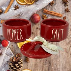 Best Rae Dunn Salt & Pepper Shakers for your kitchen! We love farmhouse salt and pepper shakers to complete our farmhouse kitchen decor. Salt And Pepper Cellars, Salt Pepper Shakers, Farmhouse Kitchen Decor, Christmas Decorations, Pottery, Stuffed Peppers, Goals, Canning, Ceramica