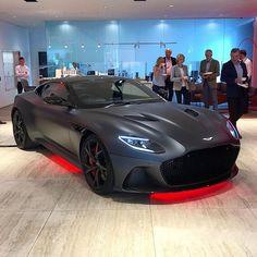 Her name is pitch black - Sport - Car Luxury Sports Cars, Top Luxury Cars, New Sports Cars, Sport Cars, Aston Martin Cars, Aston Martin Lagonda, Jaguar Xk, Modified Cars, Car Car