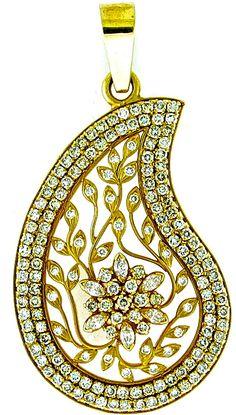 Beautiful Pendant of Diamonds and Gold