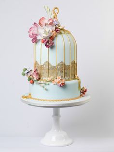 10 Ways To Include Birds And Birdcages At Your Wedding