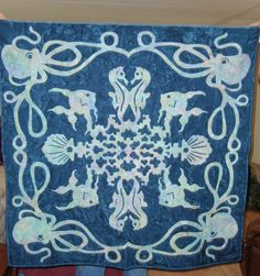 Hawaiian quilt....needle turn applique, throw size quilt