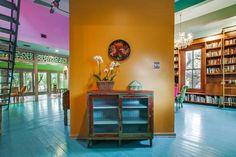 """Author Sandra Cisneros has sold her King William home — the same structure that stirred controversy in the late for its """"periwinkle purple"""" color — to an undisclosed buyer, Phyllis Browning real estate agent Ann Van Pelt confirmed Wednesday. Sandra Cisneros, Tiffany Green, King William, Texas Homes, Aqua Blue, San Antonio, Home And Family, Sweet Home, Real Estate"""
