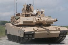 Military and Commercial Technology: First New Army SEP Abrams Tank Arrives M1 Abrams, Military Armor, Military Weapons, Military Aircraft, Us Marines, Armored Truck, Tank Armor, War Thunder, Armored Fighting Vehicle