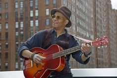 Ep280 - Guy Davis - Guy Davis plays tracks from The Kokomo Kidd and talks about his family's connection to the blues, & playing Robert Johnson and Sonny Terry on stage.   On this week's episode, I've got new music from Nick Dittmeier, Stacie Collins, the Electric Rad Band, and the Black Lillies. I've also got more tracks from the Drive By Truckers, Josh Ritter, The Nouveaux Honkies, and Pete Berwick.