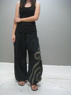 Pantalón suelto