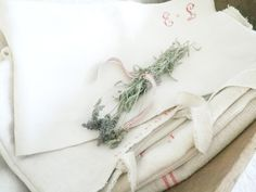 Lovely linens (from Alabaster Rose Lifestyle)