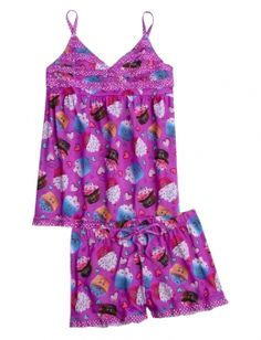 Find the latest in colorful and comfy sleepwear sets for girls at Justice! Shop cute pajamas in tons of fun prints and designs to match her individual style with our collection of sleepwear tops, bottoms, onesies and more. Kids Outfits Girls, Tween Girls, Cute Outfits For Kids, Girl Outfits, Cute Pjs, Cute Pajamas, Girls Pajamas, Tween Fashion, Girl Fashion