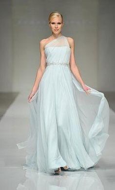 Sample Romona Keveza Wedding Dress RK280, Size 8
