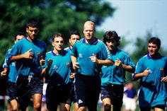 Everton boss Ronald Koeman has spoken of the time he spent with Pep Guardiola when the two were at Barcelona during their playing days, saying how he taught the then young Spaniard everything he kn…