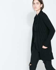 CABLE KNIT CARDIGAN WITH LAPEL Ref. 0367/840  5,990.00 RSD