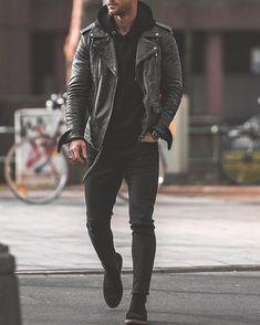 Suit Fashion, Mens Fashion, Fashion Outfits, Fashion Ideas, Fashion Menswear, Style Fashion, Mode London, Leather Jacket Outfits, Black Denim Jacket Men