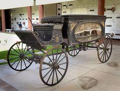 Horse-drawn hearse by Pyrat Wesly, via Flickr