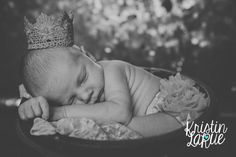 newborn photography session, kristin larue photography, girl, baby, princess