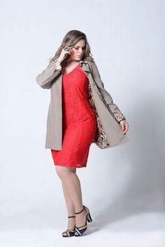 Capa Preta Gabardine Casaco Trench-coat Plus Size 50 52 54 56 impermeável - Tamanhos Especiais by Pimenta Nativa