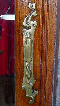 Jugendstil door handle, Denneweg, The Hague