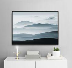 Plakat med fjell og tåke, vakkert naturfoto | Posters online