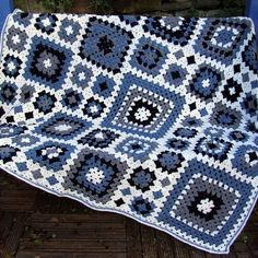 granny square afghan in blues & whites