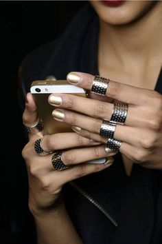 For the fashion girl glued to her phone, these apps are guaranteed to step up your sartorial game.