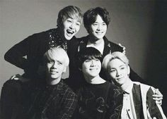 #SHINee #photoshoot #blackandwhite #cute