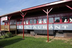 A Restaurant with a Railroad View | Table for Two: Casey Jones' Restaurant | August 2016 | By Rochelle A. Shenk| Photography by Nick Gould #RedCaboose #Railroaddinning #Strasburg #Familyfun