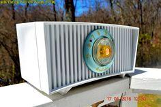 ALPINE White Mid Century Retro Antique 1952 Airline Model BR-1558B Tube AM Radio Works! by RetroRadioFarm on Etsy