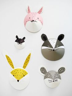trace Circle, cut slit, make ear choice templets/copies or drawings, story connection/animals? DIY animal paper masks by La maison de Loulou-1