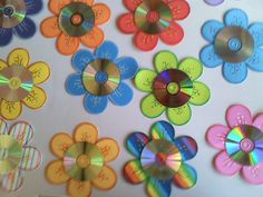 Educando Com Carinho: - Basteln mit kleinen Kids Crafts, Old Cd Crafts, Daycare Crafts, Easy Craft Projects, Diy And Crafts, Arts And Crafts, Upcycled Crafts, Recycled Cds, Flower Crafts