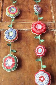 crochet flower garlands