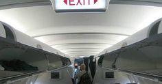 """Cómo crear una compañía aérea. Los empresarios que buscan crear una compañía aérea tienen que mirar más allá de los ingresos para descubrir los retos de la industria de la aviación. La encuesta de aerolíneas """"Aviation Week"""" 2007 encontró varias buenas noticias para Deutsche Lufthansa AG ($33,9 mil millones en ingresos), Air Canada ($10,3 mil millones) y Delta Airlines ($18,9 ..."""